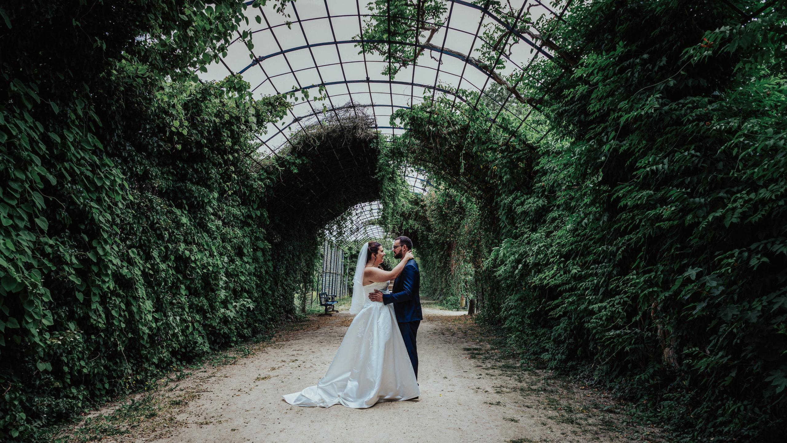 photo de couple parc du château de compiègne oise camille et teddy